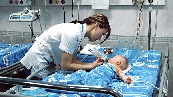 ბავშვი საავადმყოფოს პალატაში - Sputnik საქართველო