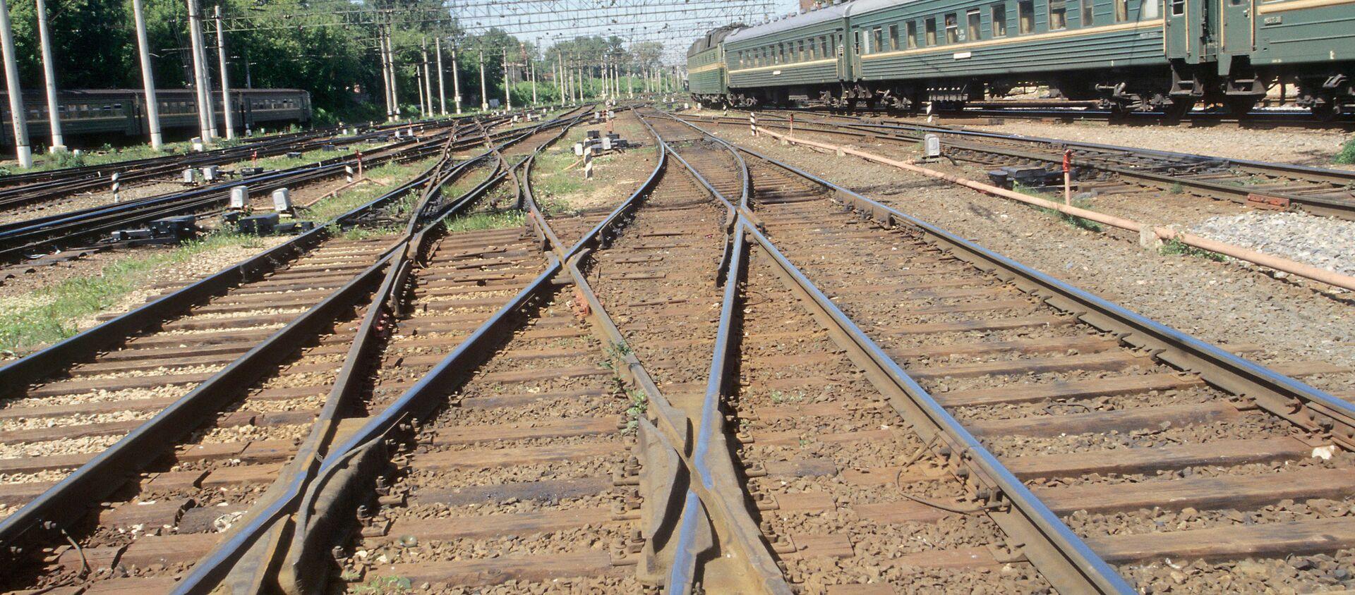 Железнодорожные пути - Sputnik Грузия, 1920, 31.03.2021