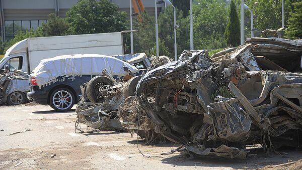 Кладбище погибших автомобилей появилось в центре Тбилиси - Sputnik Грузия