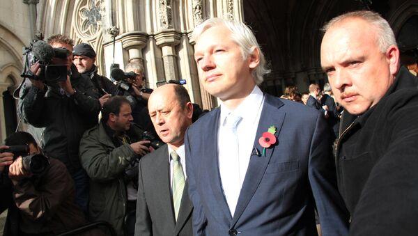 Британский суд подтвердил решение об экстрадиции Ассанжа в Швецию - Sputnik Грузия