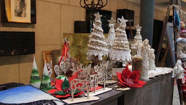 новогодние украшения - Рождественская ярмарка - Sputnik Грузия