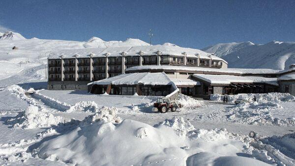 Отель Гудаури в горах Кавказа - Sputnik Грузия