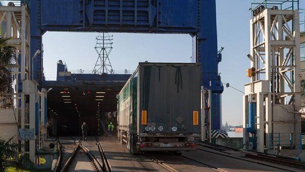 Погрузка продукции на экспорт - Sputnik Грузия