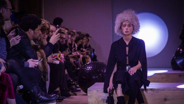 Тбилисская Неделя моды Tbilisi Fashion Week. Chubika - Sputnik Грузия