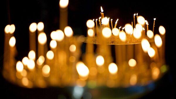 ანთებული სანთლები - Sputnik საქართველო