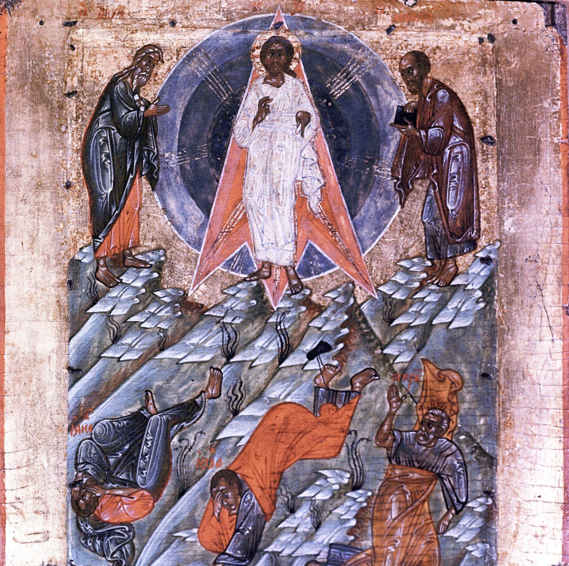 Икона Преображение Господне. XVI век.  - Sputnik Грузия, 1920, 16.09.2021
