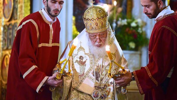 Католикос-Патриарх Всея Грузии Илия Второй на службе в кафедральном соборе Святой Троицы Самеба - Sputnik Грузия