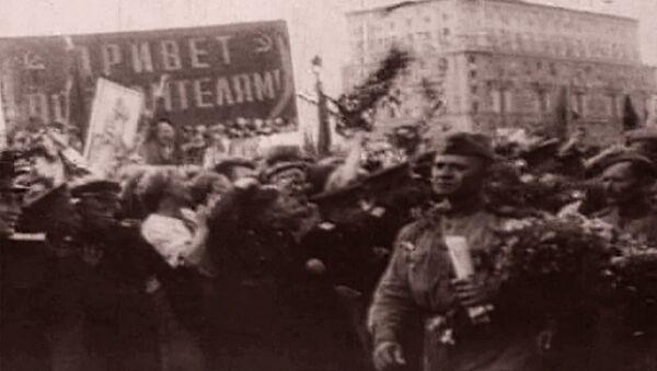 Долгожданный День Победы. Съемки 9 мая 1945 года - Sputnik Грузия