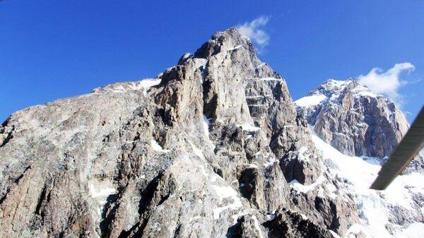 Гора Ушба  - Sputnik Грузия