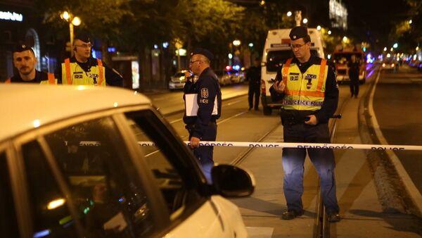 Полицейские оцепили место взрыва в Будапеште. Видео с места ЧП - Sputnik Грузия