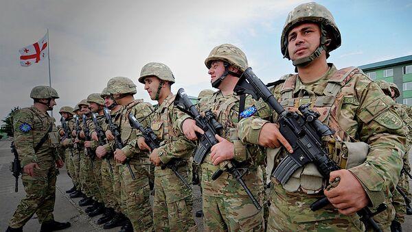 Грузинские военнослужащие во время международных учений - Sputnik Грузия