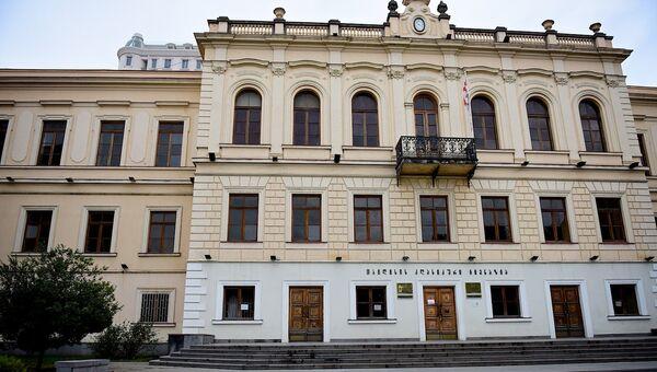 Здание Первой тбилисской гимназии - Sputnik Грузия