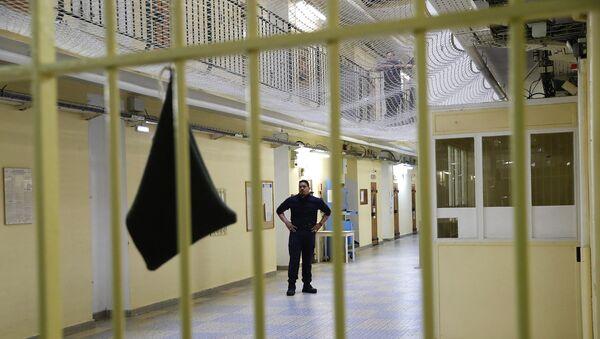 Надзиратель в тюрьме - Sputnik Грузия