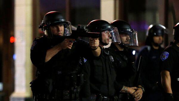 პოლიციის თანამშრომლები ამერიკაში - Sputnik საქართველო