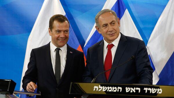 Председатель правительства РФ Дмитрий Медведев и премьер-министр Израиля Биньямин Нетаньяху - Sputnik Грузия