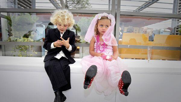 Детская свадьба в Амстердаме - Sputnik Грузия