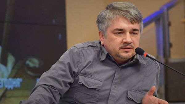 Президент Центра системного анализа и прогнозирования Ростислав Ищенко. - Sputnik Грузия