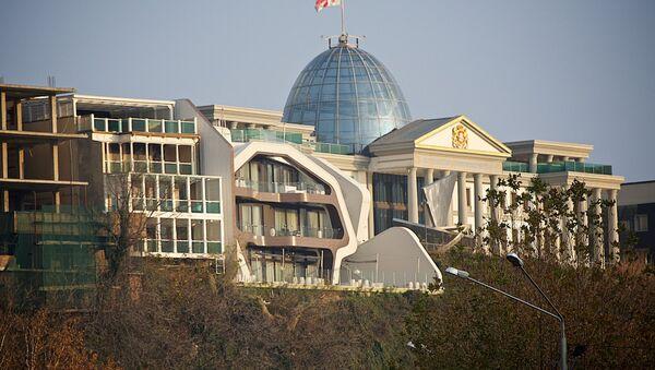 Президентский дворец в районе Авлабари в грузинской столице - Sputnik Грузия