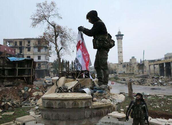 Президент РФ Владимир Путин выразил надежду, что правительственным силам Сирии удастся закрепиться в Алеппо - Sputnik Грузия