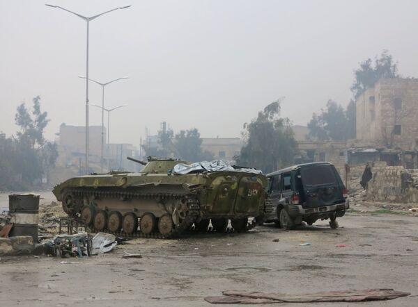 Следы кровопролитного противостояния - так выглядит Алеппо после долгих боев - Sputnik Грузия