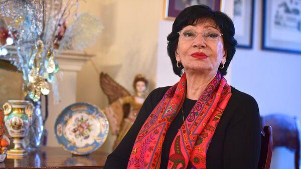 Певица Нани Брегвадзе у себя дома - Sputnik Грузия