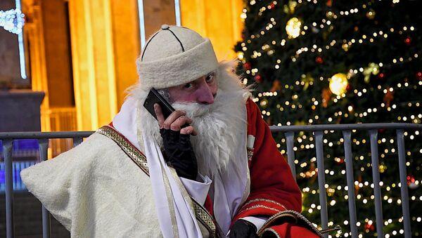 Грузинский Дед Мороз - Товлис бабуа - Sputnik Грузия