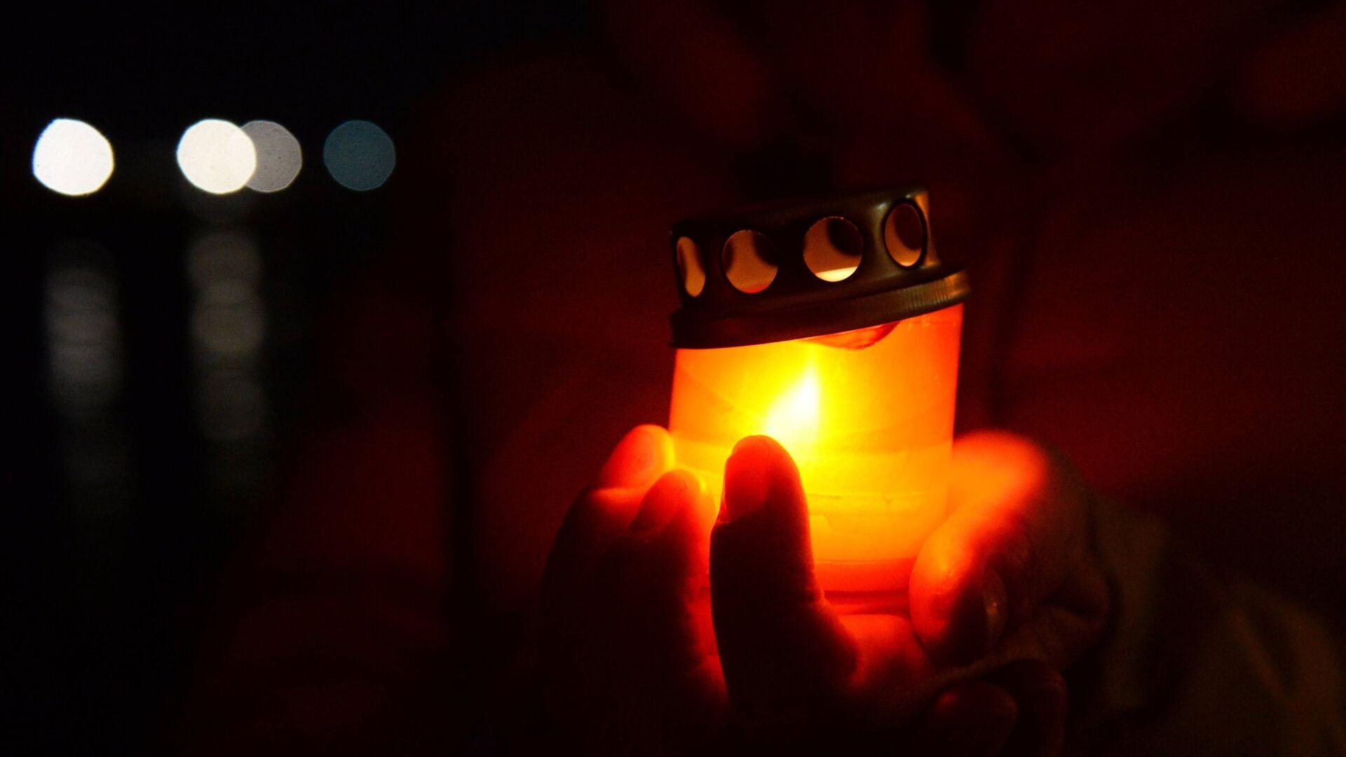 ანთებული სანთელი - Sputnik საქართველო, 1920, 18.09.2021