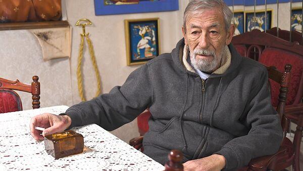 Известный артист и певец Вахтанг (Буба) Кикабидзе - Sputnik Грузия