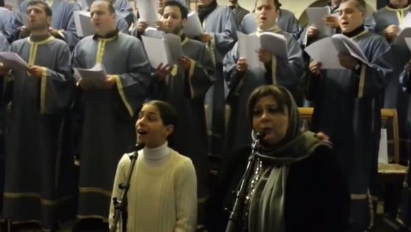 Церковный хор исполняет грузинскую рождественскую песню Алило - Sputnik Грузия