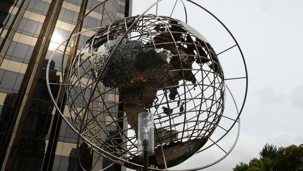 გლობუსის სკულპტურა ნიუ-იორკში - Sputnik საქართველო