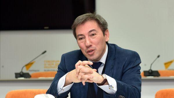 Ильгар Велизаде, политолог - Sputnik Грузия