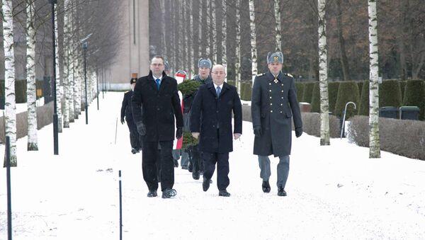 Министры обороны Финляндии и Грузии Юсси Ниинисте и Леван Изория в Хельсинки - Sputnik Грузия