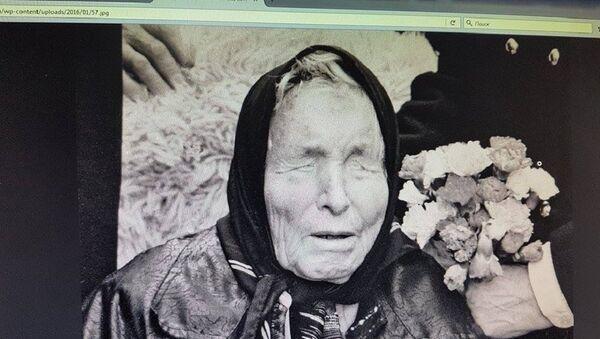 Фото предсказательницы Ванги на экране компьютера - Sputnik Грузия