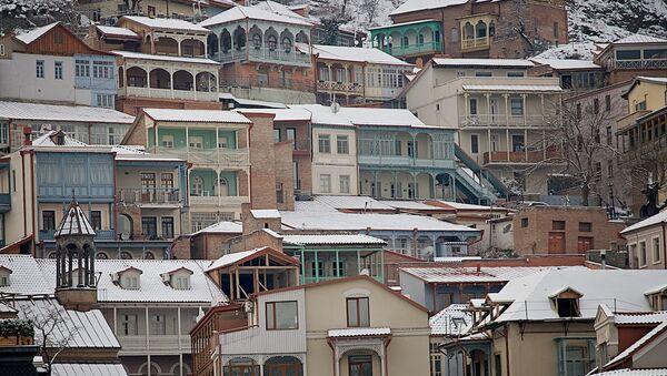 Старые дома в историческом центре Тбилиси неподалеку от Мейдана - Sputnik Грузия