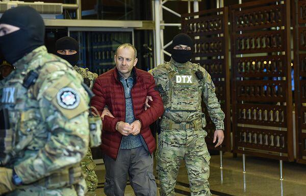 Будучи в черном списке МИД Азербайджана, Александр Лапшин в 2016 году пересек границу Азербайджана по украинскому паспорту - Sputnik Грузия