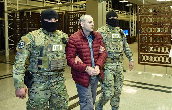 Блогер Александр Лапшин уже написал письмо с извинениями на имя президента Азербайджана Ильхама Алиева. Но это не помогло ему избежать экстрадиции в Баку - Sputnik Грузия