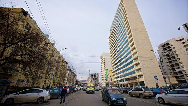 Здание мэрии Тбилиси (справа) - Sputnik Грузия