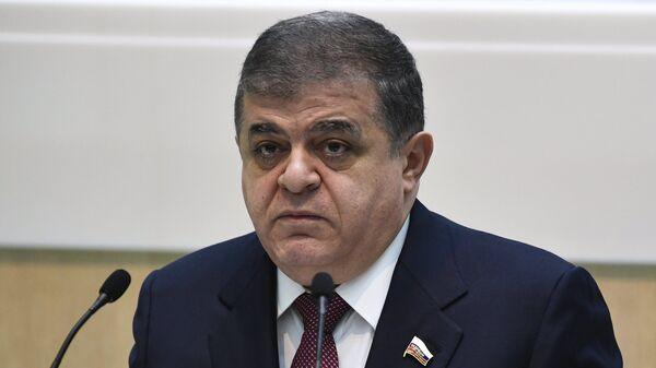 Первый заместитель председателя комитета Совета Федерации РФ по международным делам Владимир Джабаров - Sputnik Грузия