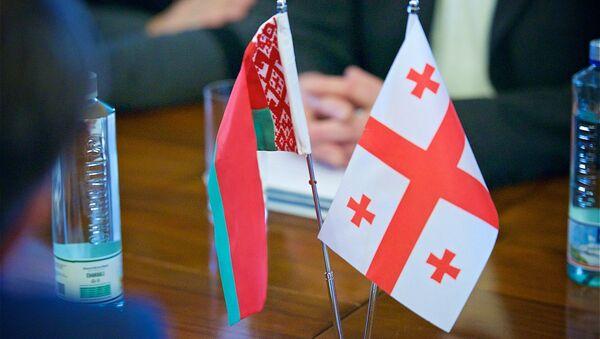 Флаги Беларуси и Грузии за столом переговоров - Sputnik Грузия