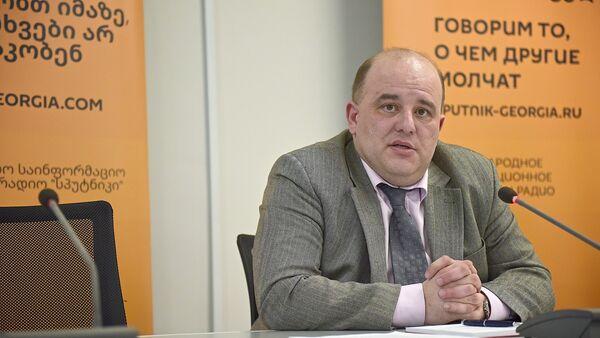 Эксперт из Грузии Вахтанг Маисая участвует в видеомосте с Минском - Sputnik Грузия