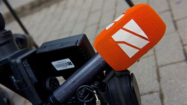 Микрофон телекомпании Рустави 2 - Sputnik Грузия