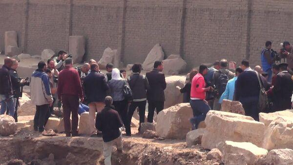 Археологическая находка в Каире: 8-метровая статая эпохи Рамзеса Великого - Sputnik Грузия