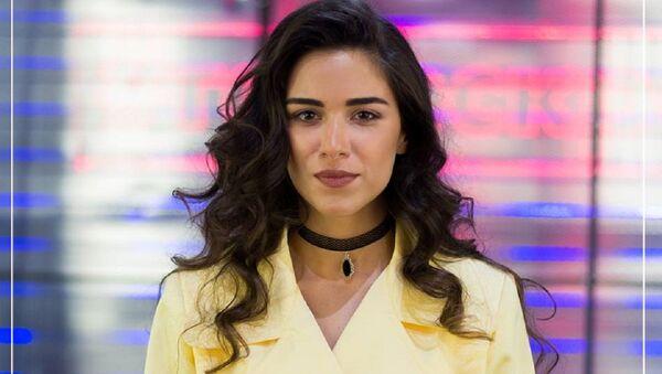 Участница седьмого сезона вокального проекта Голос страны в Украине, грузинская исполнительница Нини Цнобиладзе - Sputnik Грузия
