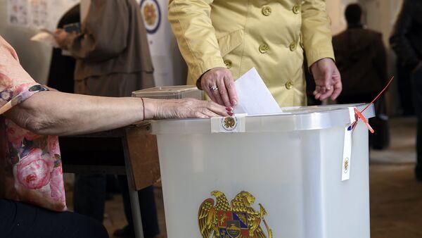 Выборы в НС РА. Голосование - Sputnik Грузия
