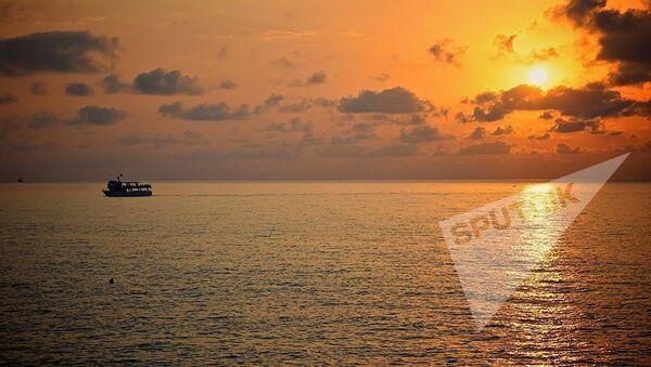 მზის ჩასვლა შავ ზღვაზე - აჭარის სანაპირო - Sputnik საქართველო