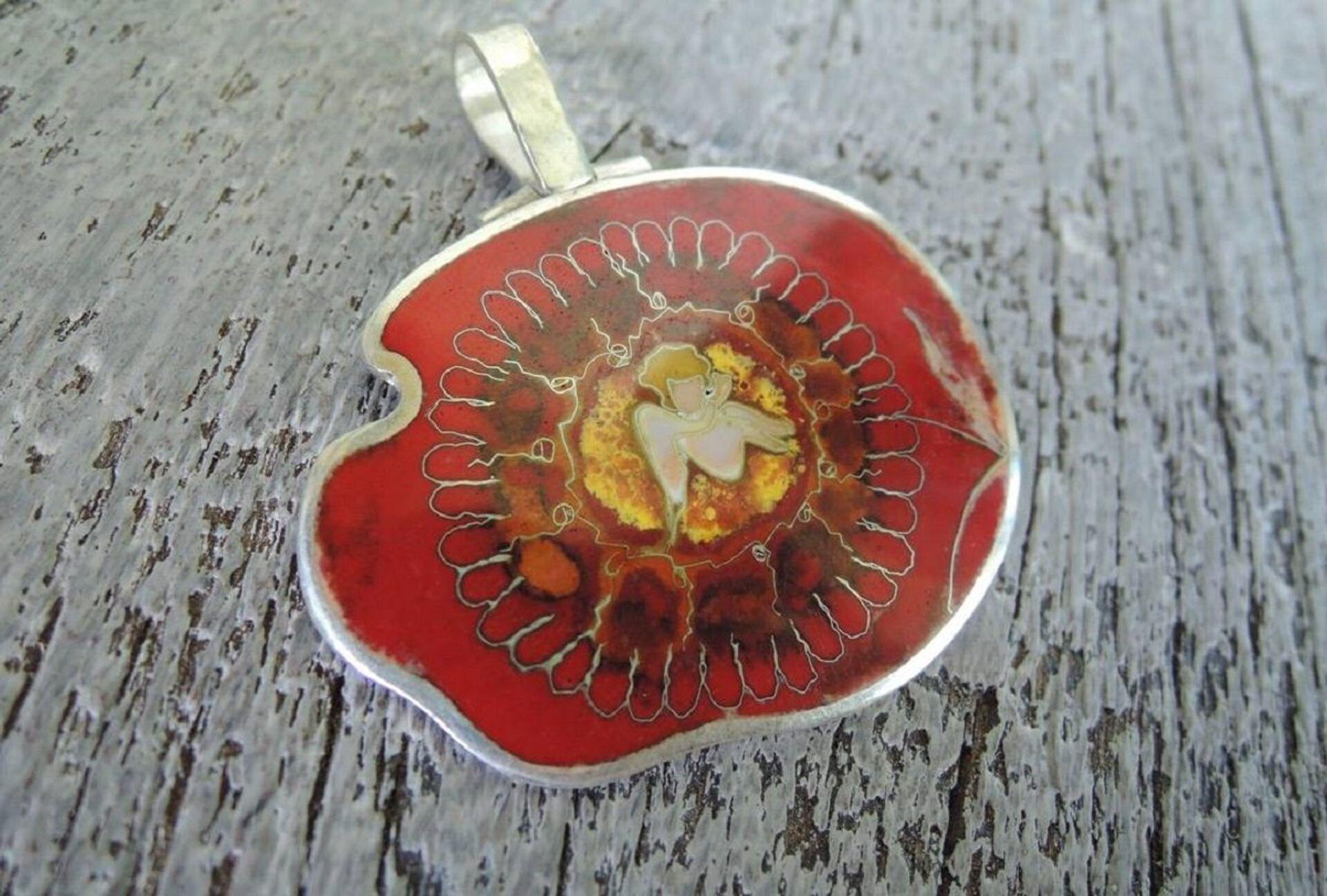 Грузинская перегородчатая эмаль минанкари - Sputnik Грузия, 1920, 07.09.2021