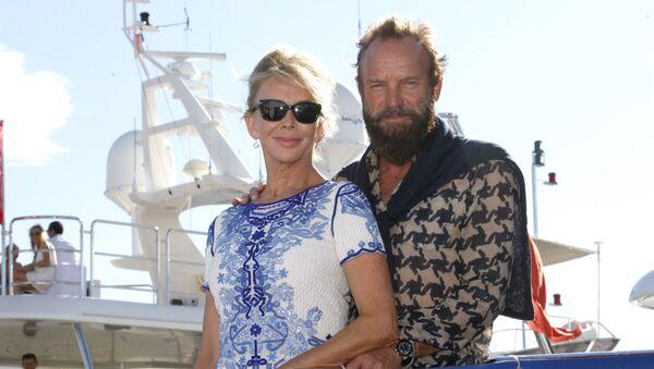 ბრიტანელი მომღერალი სტინგი დაქორწინებულია მსახიობ ტრუდი სტაილერზე უკვე 25 წელია. წყვილი ოთხ შვილს ზრდის - Sputnik საქართველო
