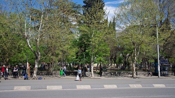 Проспект Церетели в Тбилиси, недалеко от центрального рынка - Sputnik Грузия