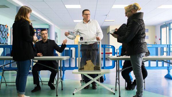 საპრეზიდენტო არჩევნების პირველი ტური საფრანგეთში - Sputnik საქართველო