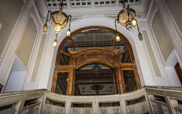 Внутренний интерьер здания бывшего Национального банка Грузии - Sputnik Грузия
